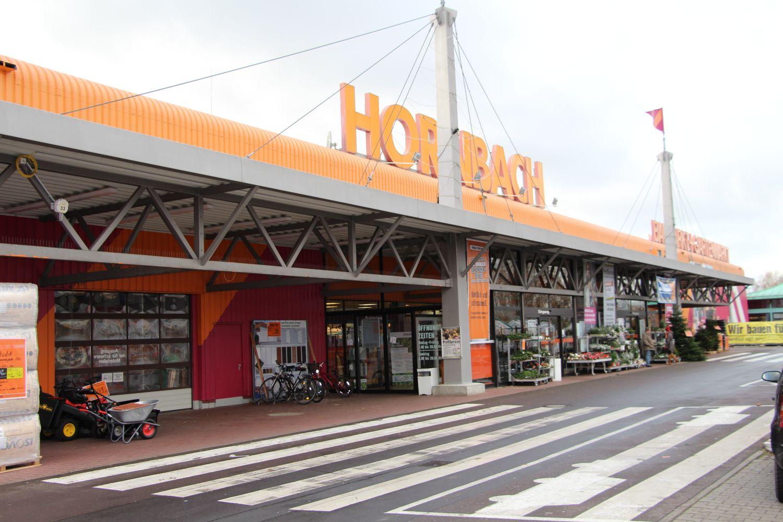 Hornbach Baumarkt Magdeburg Eingangsbereich
