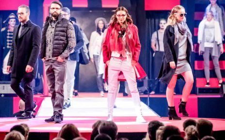 Models zeigen Fashion-Trends bei der Mode-Show Modavision in Magdeburg